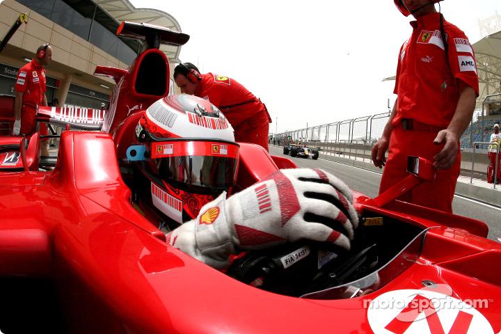 F12008bahxp0571